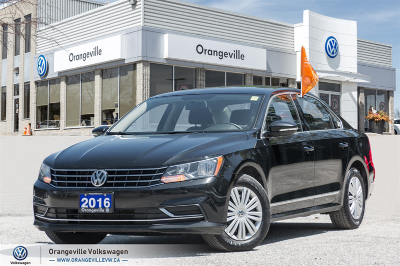 Certified Pre-Owned 2016 Volkswagen Passat Trendline plus 1.8T 6sp at w/ Tip