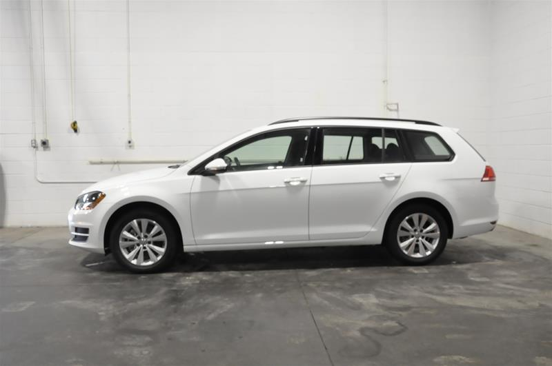 Certified Pre-Owned 2017 Volkswagen Golf