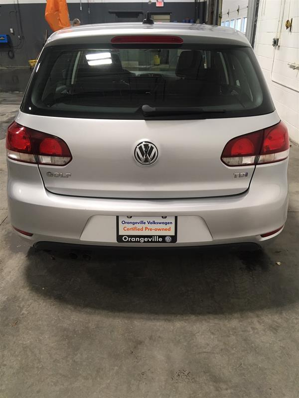 Pre-Owned 2013 Volkswagen Golf